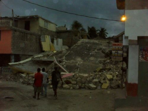 Collapsed homes in Delmas